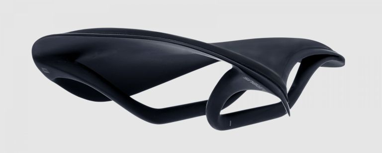 fabric-alm-ultimate-saddle-gc1-2-3000x1200